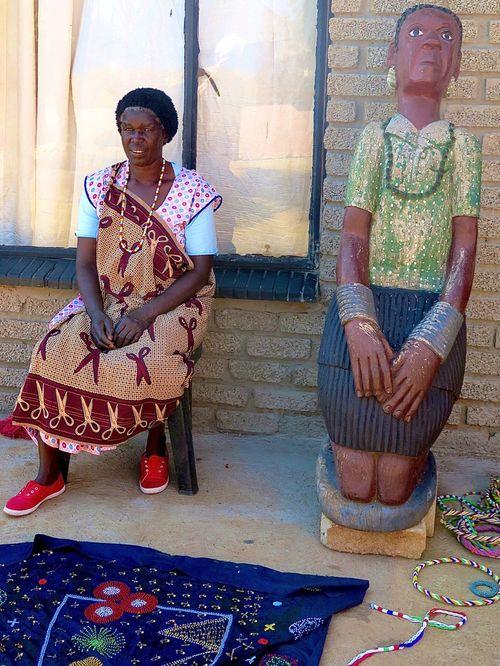 Shangaan woman with scissor nceca